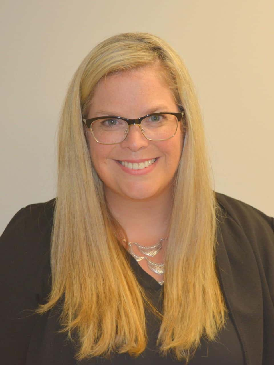 Leah Chisholm : Sales Coordinator